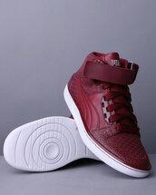shoes,puma,red