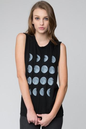 Raisa moon phase tank