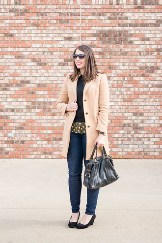 styleontarget blogger shoes sunglasses coat sweater shirt jewels bag beige coat winter outfits handbag wedges