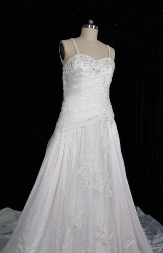 dress floor length dress sweetheart neckline strapless wedding dress