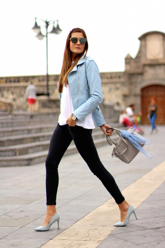 marilyn's closet blog blogger jeans shoes bag sunglasses jewels leather jacket blue jacket black jeans white top grey heels grey bag