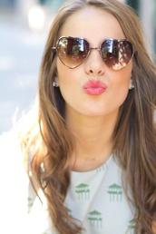 sunglasses,heart sunglasses,shirt,retro sunglasses