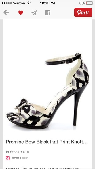 shoes black and white bow