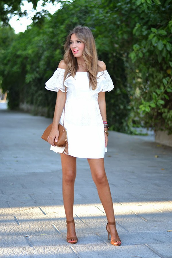 mi aventura con la moda blogger bag shoes jewels make-up dress white dress white off the shoulder off the shoulder dress frilly heels strappy heels shoulder bag ruffle accessories outfit mini dress summer dress summer outfits