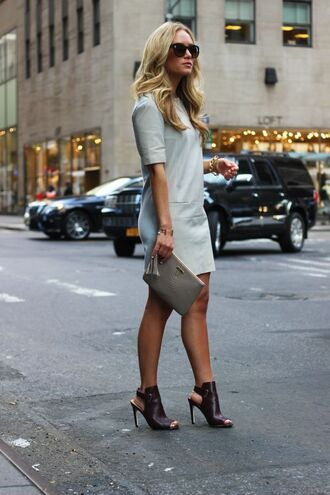 shoes grey dress grey purse black high heeled mules blogger sunglasses