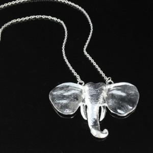 Collier en métal argent ELEPHANT