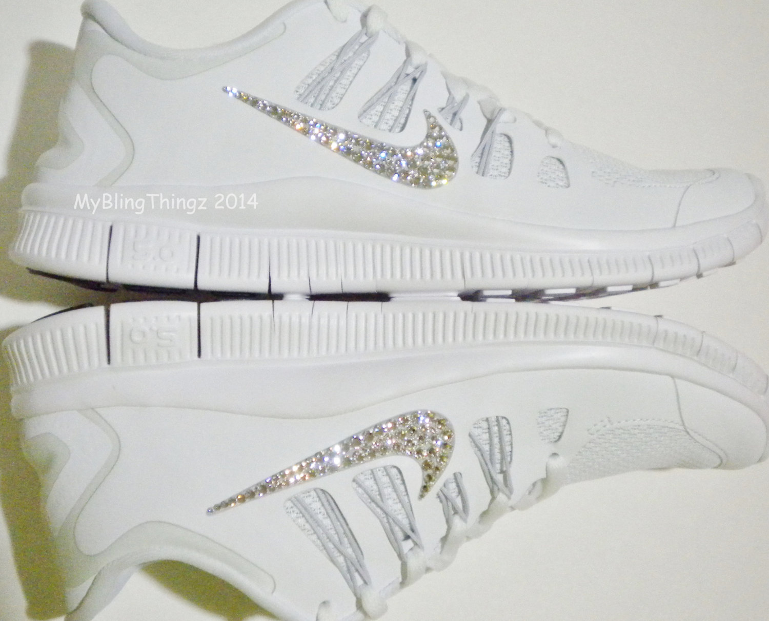 BACK in STOCK! Nike Free 5.0 Running Shoes - White   Metallic ... b8e87636a8