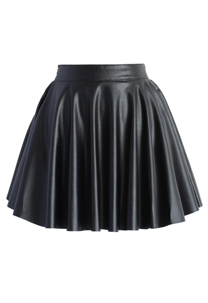 Soft Pleats Faux Leather Mini Skirt in Black - Retro, Indie and Unique Fashion