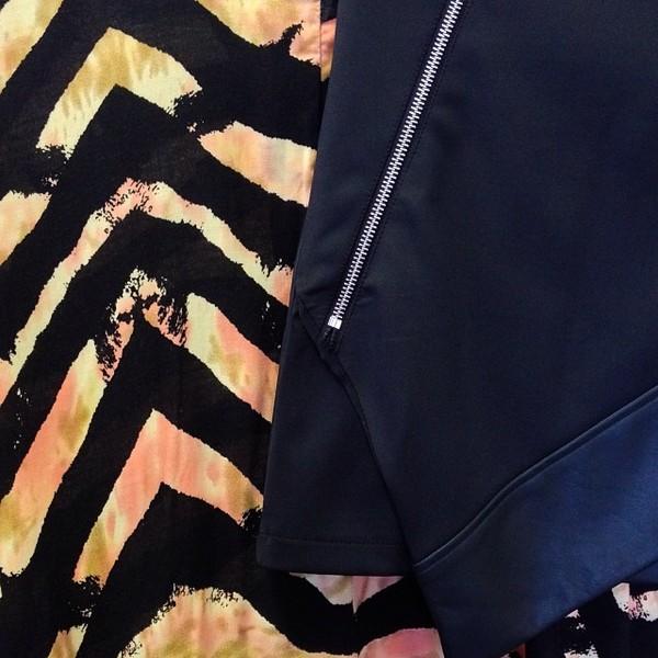 jacket cape skirt black black skirt zips zebra
