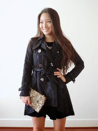 sensible stylista blogger coat gold sequins