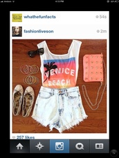 shorts,outift,High waisted shorts,venice beach,shirt,bag,sunglasses,shoes,jewels