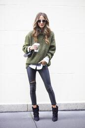 something navy,blogger,bag,sunglasses,khaki,knitted sweater,ripped,fall outfits,shirt,dress,sweater,pants,shoes,jewels,green sweater,jeans,black jeans,destroyed skinny jeans,leggings