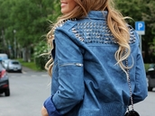 jacket,leather,studs,edgy,blue,pretty,blonde hair,fashion,cothing,fall outfits,winter outfits