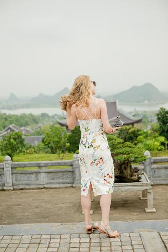 dress tumblr midi dress floral floral dress sandals flat sandals summer dress summer outfits bodycon dress bodycon