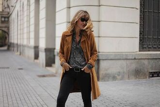 coat suede coat tumblr beige coat shirt printed shirt denim jeans black jeans fall outfits fall colors sunglasses black sunglasses