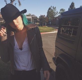 black summer dress hat fashion kylie jenner kardashians kendall jenner trilby vivienne westwood coachella black hats summer hat
