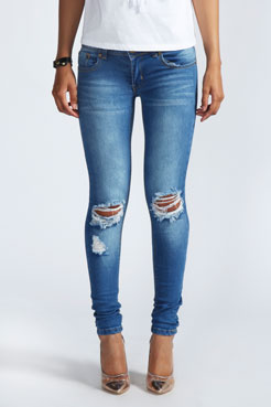 Loren Distressed Rip Knee Skinny Jeans at boohoo.com