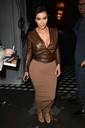 kim kardashian,bodycon skirt,brown,v neck,blouse,jacket,skirt
