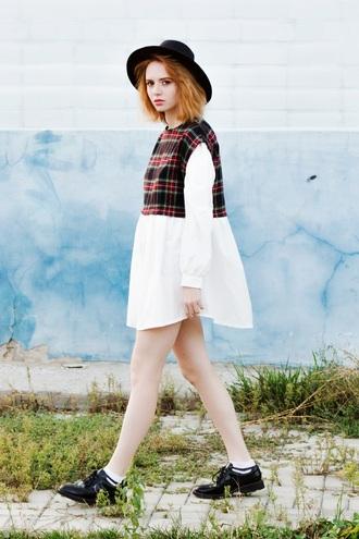 kristina magdalina blogger dress shirt tights