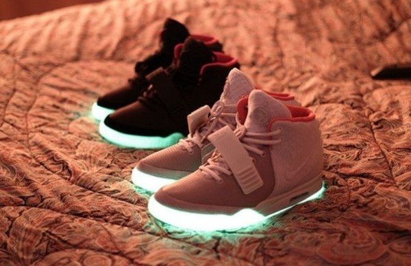 shoes nike sneakers glow in the dark