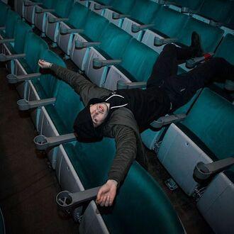pants tyler joseph celebrity singer mens t-shirt mens jacket mens pants black pants black dress army green jacket hoodie black hoodie mens sneakers black sneakers
