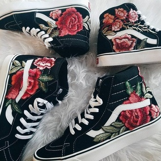 shoes black roses
