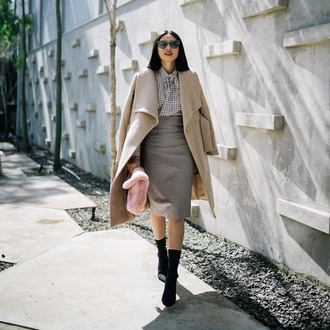 coat tumblr camel camel coat skirt midi skirt grey skirt blouse gingham boots black boots sunglasses work outfits bag furry bag