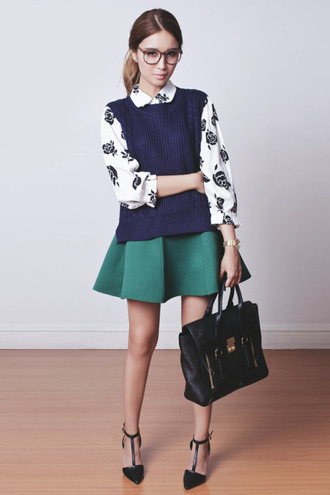tricia gosingtian blogger preppy classy green skirt sleeveless satchel bag