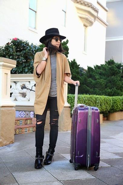 this time tomorrow blogger cardigan camel suitcase black ripped jeans