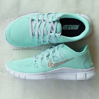 shoes türkis nike nike free run glory mint nike running shoes free runs trainers colorful nikes mint nike free runs teal green blue cute sparkly glitter girly nike id mint green shoes diamonds