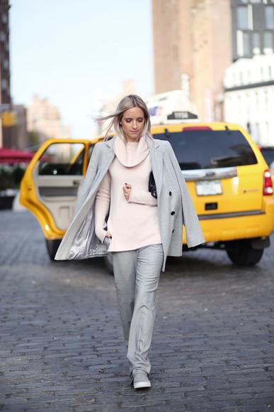blogger bag grey coat vans the fashion guitar turtleneck baby pink flare