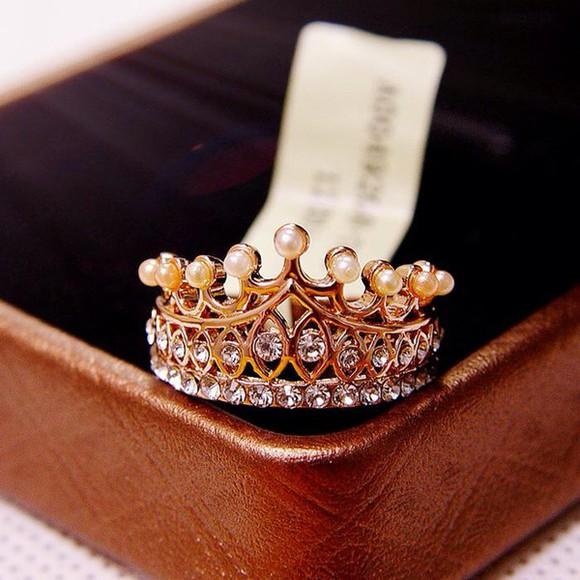 jewels diamonds ring crown princess pearls