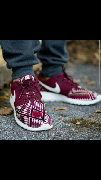 shoes tribal pattern roshes