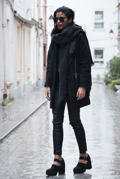 babes in velvet blogger scarf cleated sole black coat