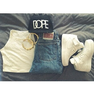 shoes white hat black cap shirt gold swag jeans jewels chicago bulls style girly stylish beauty accessories skinny pants