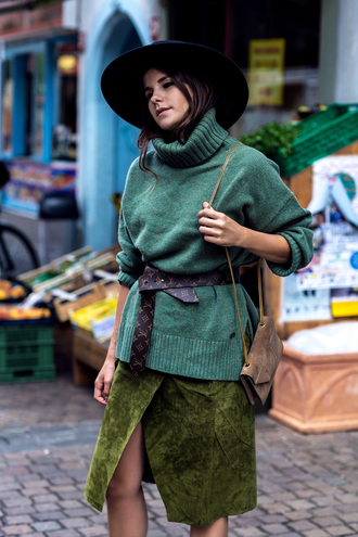 the fashion fraction blogger hat oversized turtleneck sweater suede skirt
