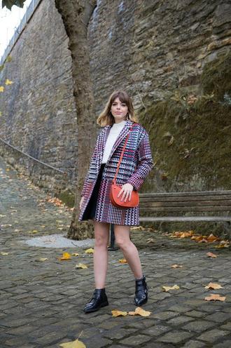 coat tumblr plaid plaid coat skirt mini skirt top white top bag red bag boots black boots ankle boots