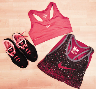 shirt sporty running shoes nike sport bra pink black shoes tank top sports bra white glitter cute weheartit style lovely vintage running trainers nike tank top red tank top red sports bra nike bra nike shoes fitness nike sportswear