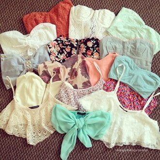 swimwear crop tops corset floral bow crotchet lace bandeau bikini blouse nail polish underwear bralette bustier shirt color/pattern summer high waisted shorts sea tank top cute t-shirt pretty belly top belly t-shirt bandeau top lace top top