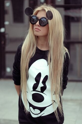 sweater black mickey mouse disney black and white black sweater white and black sweater cartoon disneyland sunglasses shirt