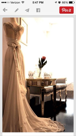 gown wedding clothes flowing gown, wedding, ivory, lace, designer, celebrity, ball gown