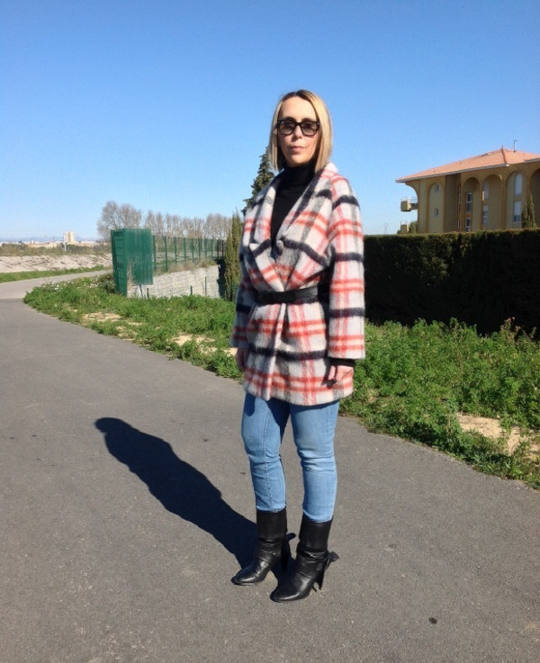 mafalda coat sweater belt jeans shoes sunglasses