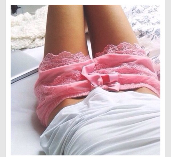 shorts light pink lace