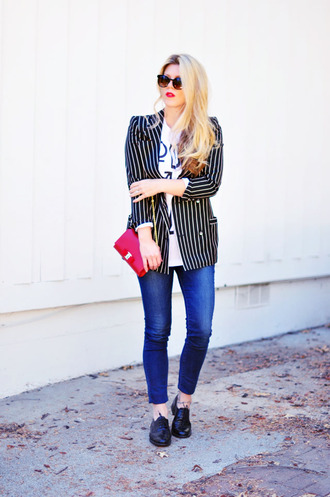 t-shirt bag blogger jeans love maegan sunglasses