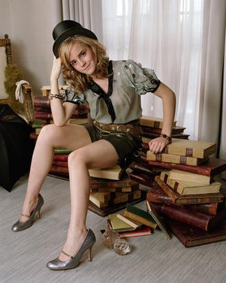 emma watson hat shoes