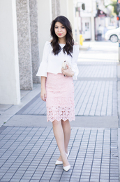 top,off the shoulder top,pink lace skirt,white stilettos,blogger