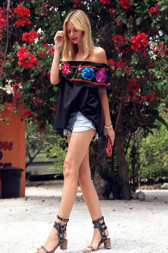 tuula t-shirt bag jewels shorts shoes