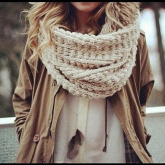 scarf clothes knitwear jacket brown blouse white winter outfits pretty beige white fall outfits knit knitted scarf girl chunky scarf cute coat jewels big scarf light brown scarf light brown jacket