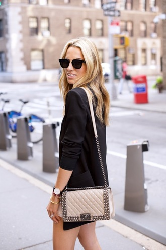 mind body swag blogger beige bag nude bag quilted bag chanel bag chain bag black sunglasses