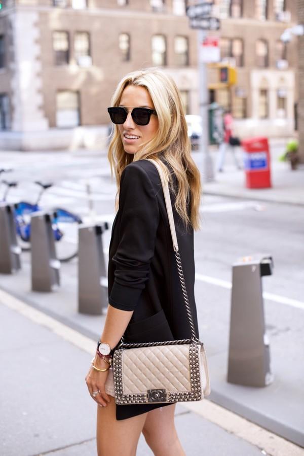 mind body swag blogger beige bag nude bag quilted bag chanel bag chain bag black sunglasses